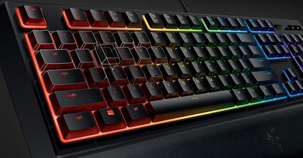 razer tastatur med lys